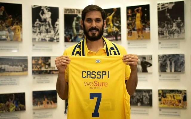 Omri Casspi, il mistero del ginocchio è senza fine