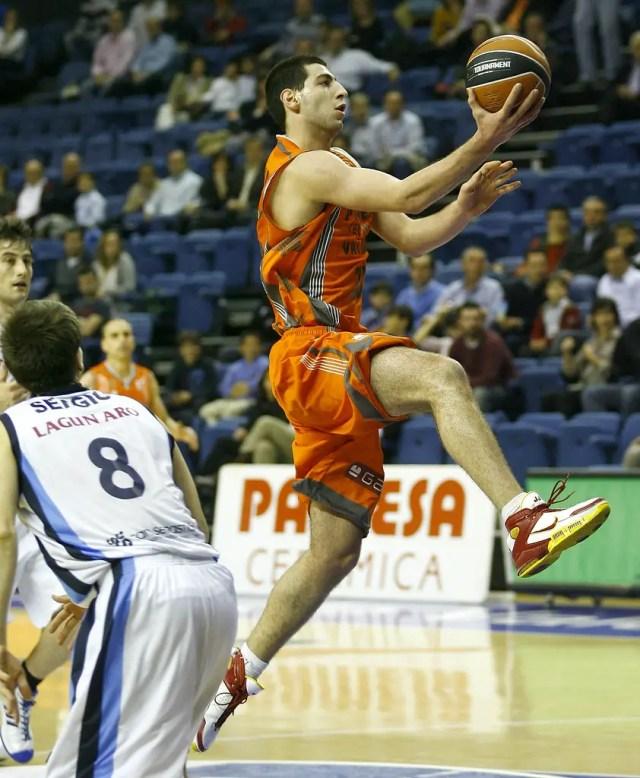 Tornike Shengelia Valencia