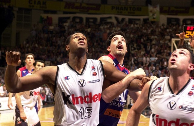 rashard-griffith-kinder-bologna-finals-game-5-2000-01-eb00