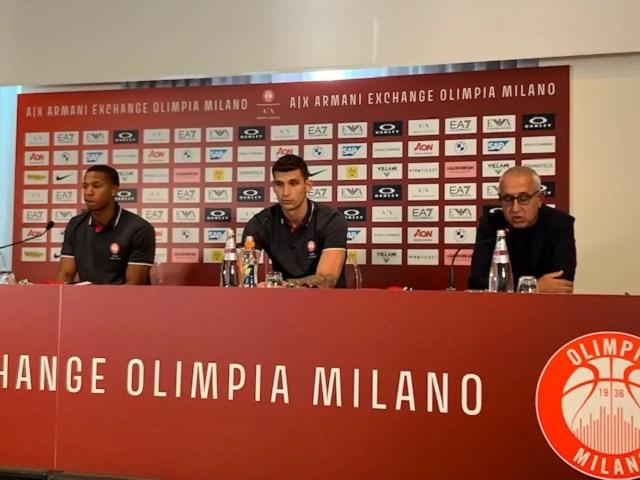 Olimpia Milano, è il giorno di Dinos Mitoglou e Devon Hall