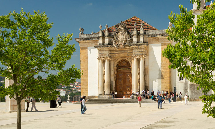 biblioteca universidade coimbra portugal