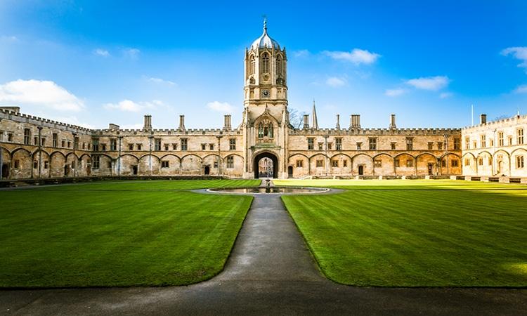 Bolsa de estudos no Reino Unido na Oxford University