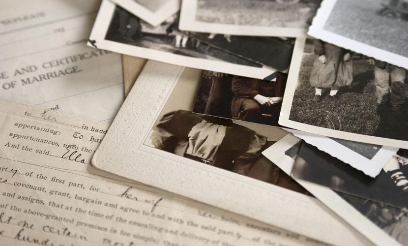 diários e fotos para encontrar a origem do sobrenome