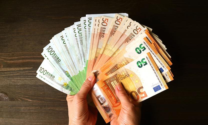 Onde trocar euro cédula