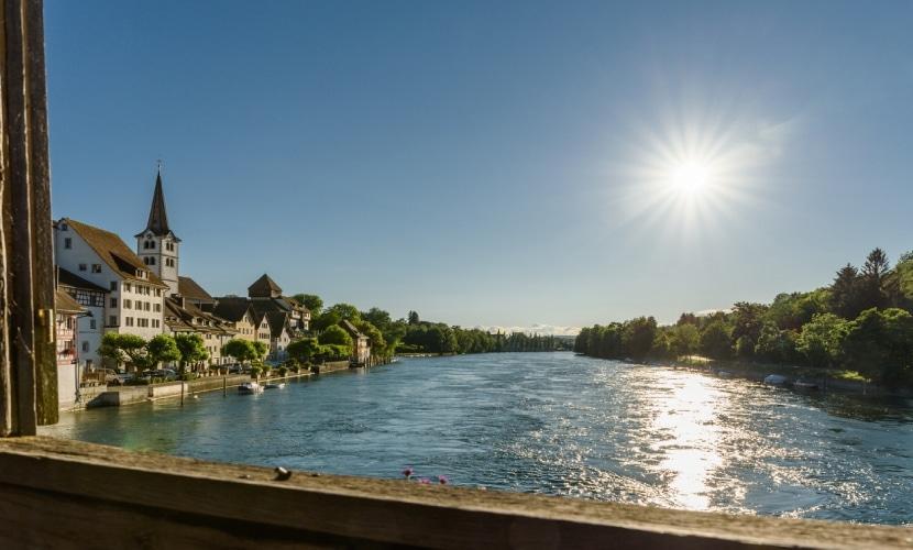 Ponte na cidade medieval de Diessenhofen