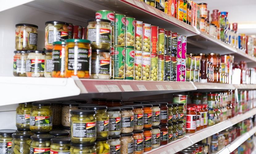 Produtos no supermercado na Espanha