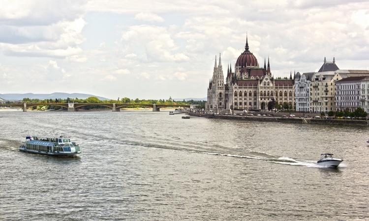 Rio Danúbio Hungria