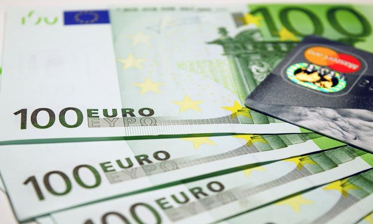 valor mínimo do comprovante financeiro para europa