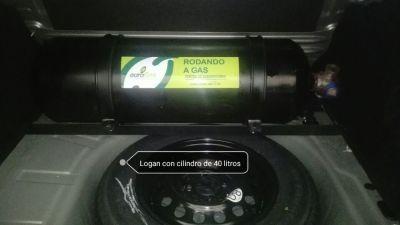 Logan con cilindro de 40 litros