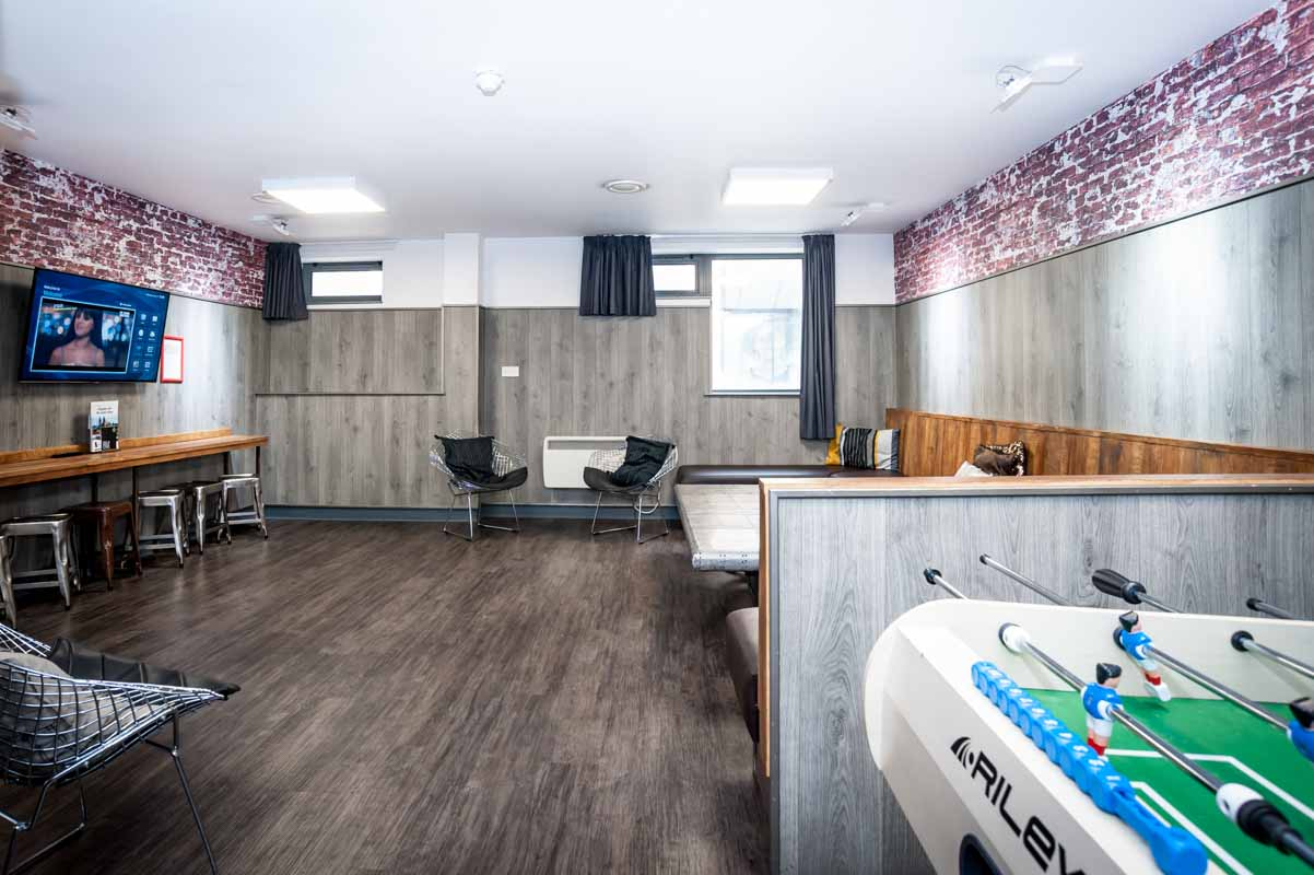 sofa shops glasgow city centre tufted leather hostel images euro