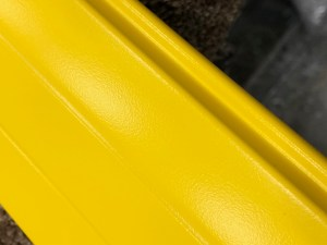 YELLOW LATH TRAFFIC YELLOWS