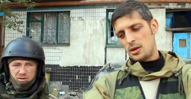 Die Terroristen Motorola (links) und Givi (rechts)