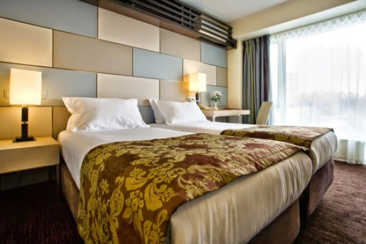 "US ""observer"" Srđa Trifković's room at the Ramada Hotel, Donetsk"