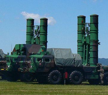 S-300PMU air defense launchers (Image: EllworthSK, wikipedia.org)