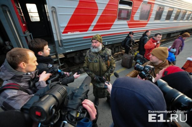 """Terrorist Vladimir Efimov telling Russian media that his group of mercenaries will not fight in """"LNR"""" anymore, because people there call them occupiers (Image: E1.ru)"""