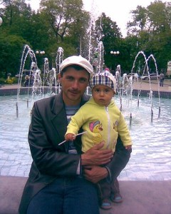 Reshat Ametov was abducted by military-clad men during a peaceful protest on March 3, 2014. His body was recovered in two weeks in 60 kilometers (40 miles) from the place of his abduction. It had signs of torture. He was killed with a knife thrust through an eye. (Image: GordonUA.com