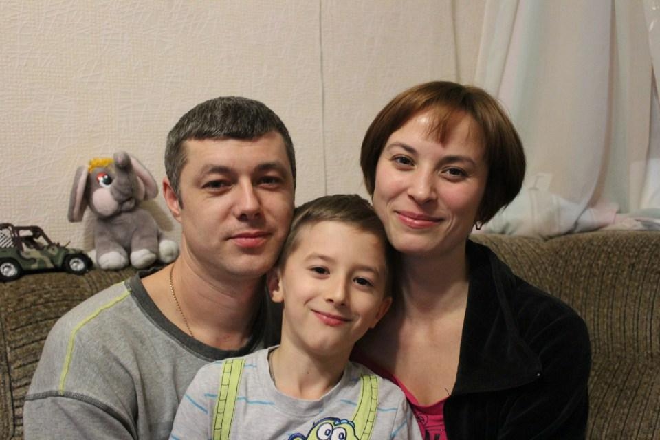Kramatorsk Donetsk Ukraine IDP family