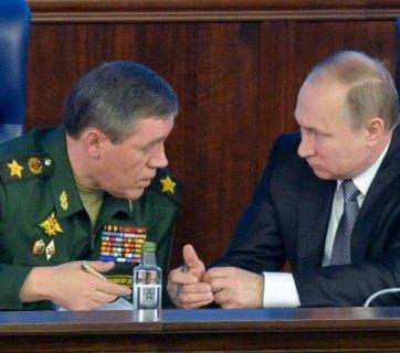 Putin at the Ministry of Defense in Moscow (Alexei Druzhinin / AP)