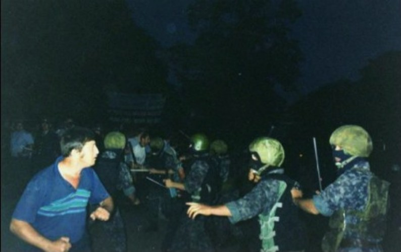 The Berkut against miners, August 1998, Luhansk