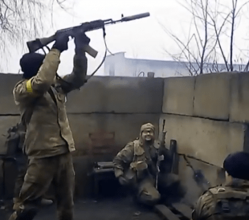 Ukrainian army shooting back at Russia-backed militants in Avdiivka, Donetsk Oblast. April 2016. Source: YouTube