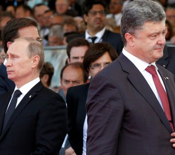 Vladimir Putin and Petro Poroshenko (Image: Christopher Jones/AFP)