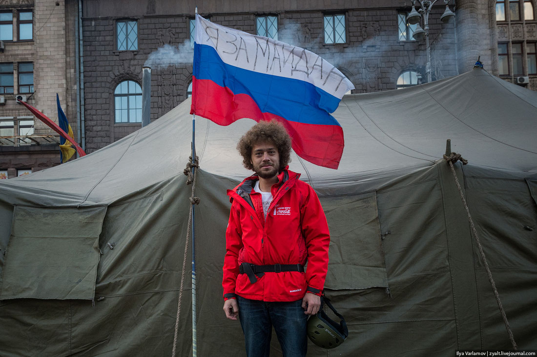 Russia is losing the 'real' World War 3, Varlamov says