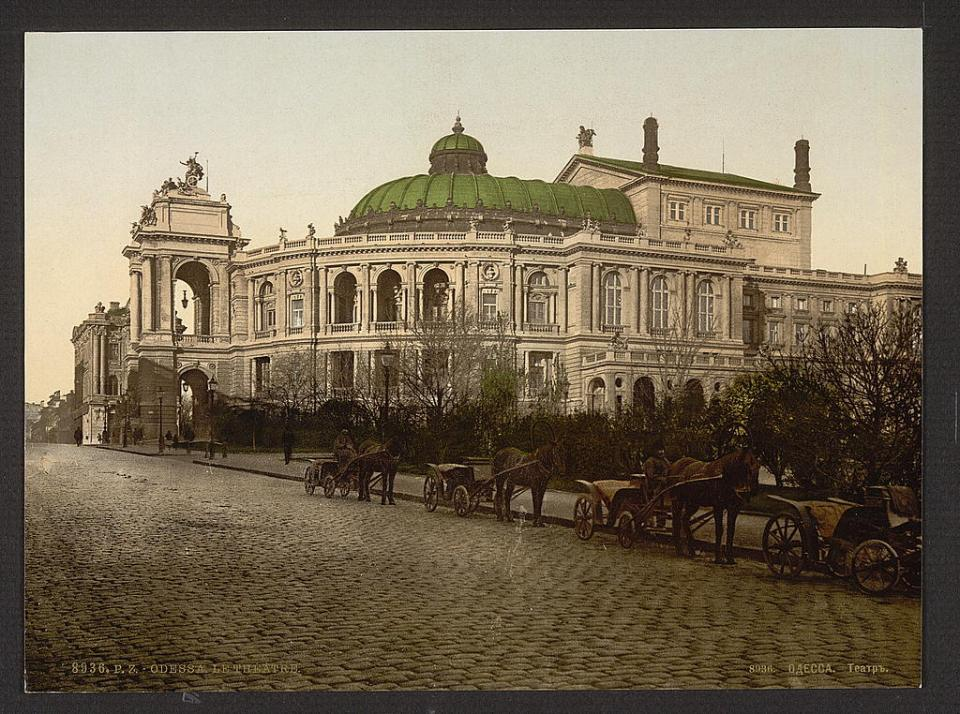 A view of the Odesa City Theater, Ukraine circa 1890-1900. Image: Detroit Publishing Company via the Library of Congress