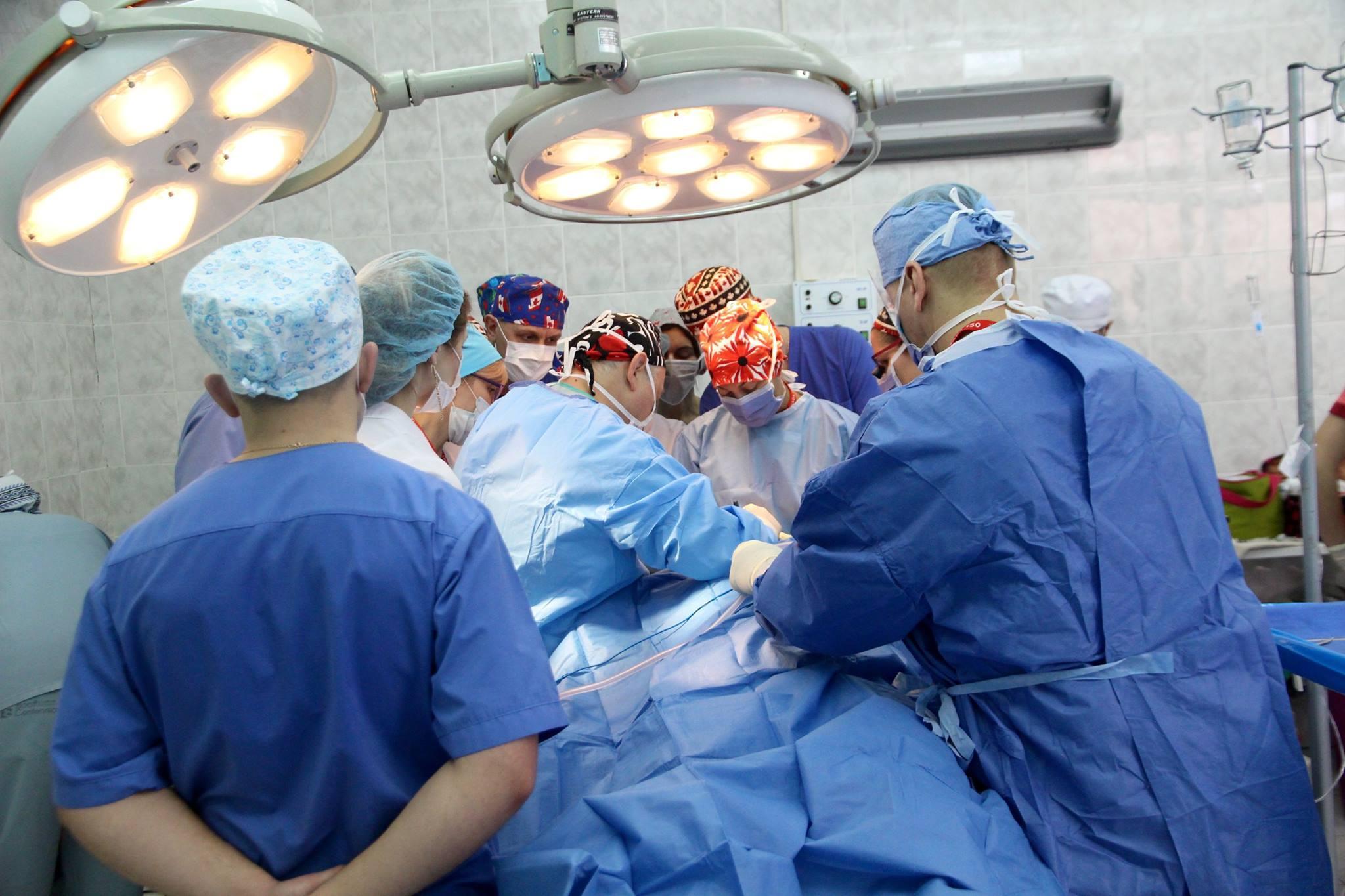 Military Doctors Work
