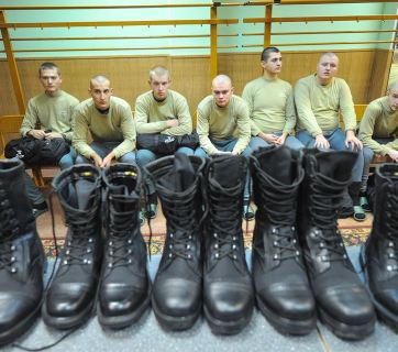 Military draftees in Russia