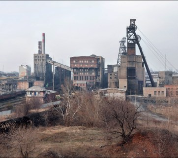 Hayevoy Coal Mine in the Russia-occupied town of Horlivka near the frontline in the Donbas, Ukraine (Image: Viktor Mácha / viktormacha.com)