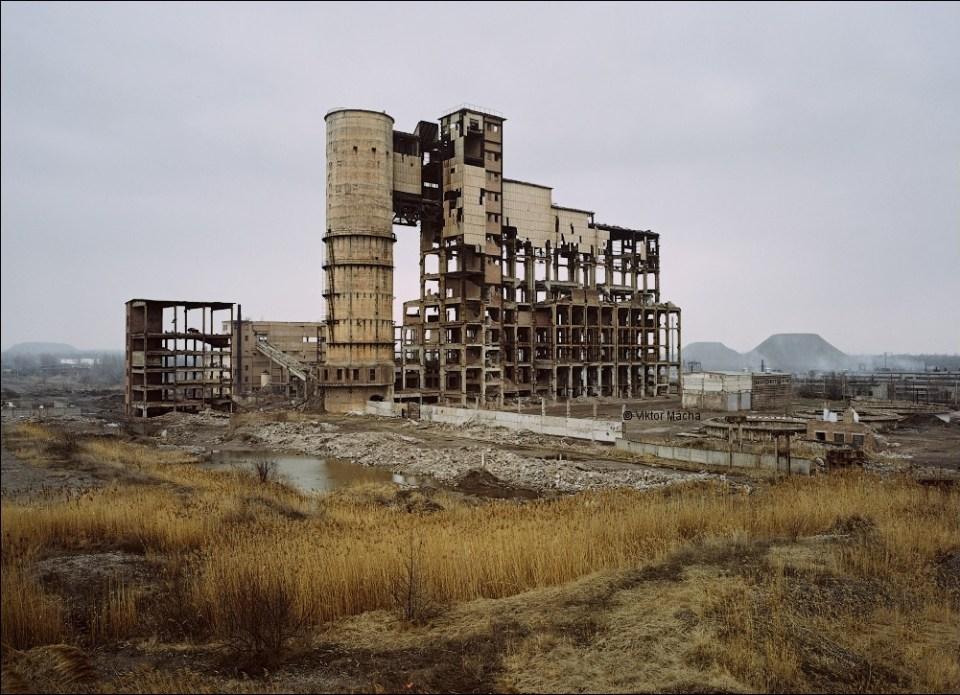 Nikitovsky Mercury Production Plant in the Russia-occupied town of Horlivka near the frontline in the Donbas, Ukraine (Image: Viktor Mácha / viktormacha.com)