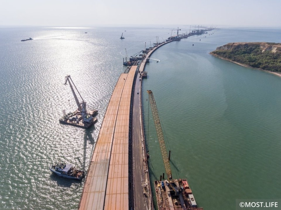 The Kerch Strait bridge will cut off Ukraine's sea transport from its ports along the Azov Sea