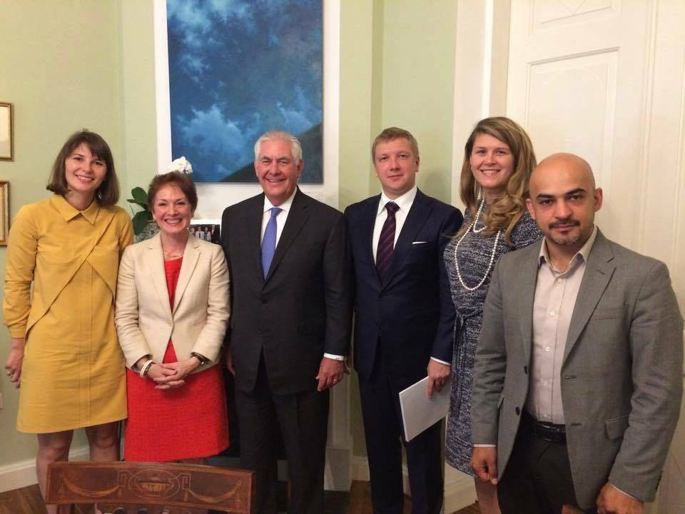 Rex Tillerson met Ukrainian activists on 9 July 2017