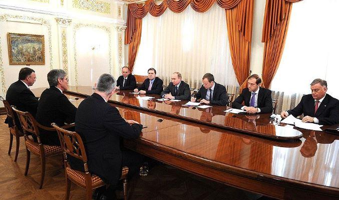 Joe Kaeser attending a meeting with Vladimir Putin. Photo:kremln.ru