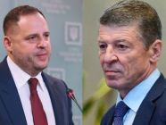 Ukrainian presidential office head Andrii Yermak (L) and Russian presidential envoy Dmitry Kozak (R)