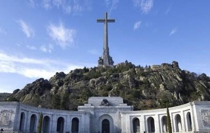 El Consejo de Ministros aprueba la exhumación de Franco y da 15 días a la familia para alegaciones