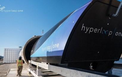 """Adif y Virgin construirán un centro de investigación del """"tren"""" Hyperloop en Málaga"""