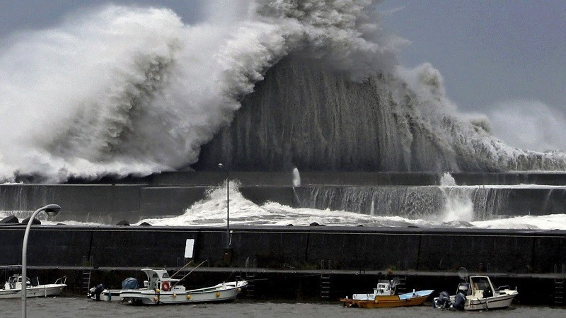 El tifón Jebi deja en Japón al menos 11 muertos, 300 heridos y más de un millón de hogares sin electricidad