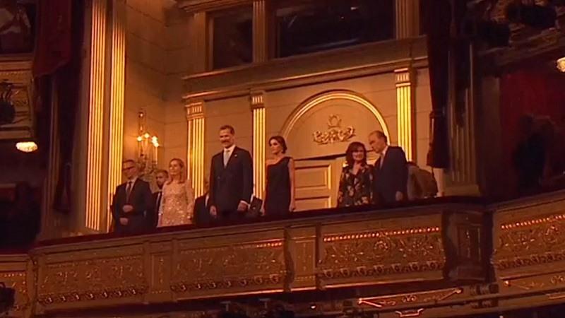 Los Reyes presididen la inauguración de 22ª temporada de opera en el Teatro Real con la representación de la obra Faust, de Charles Gounod,