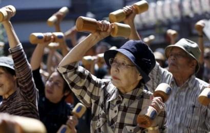 La población centenaria japonesa se acerca a las 70.000 personas