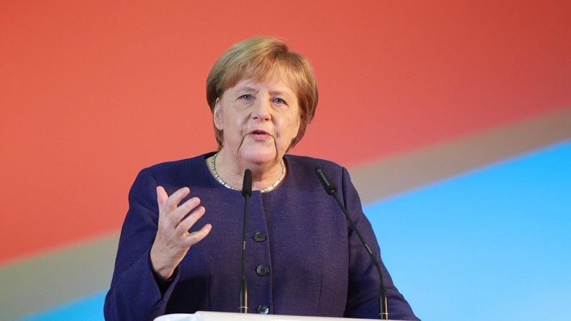 Alemania suspende la venta de armas a Arabia Saudi