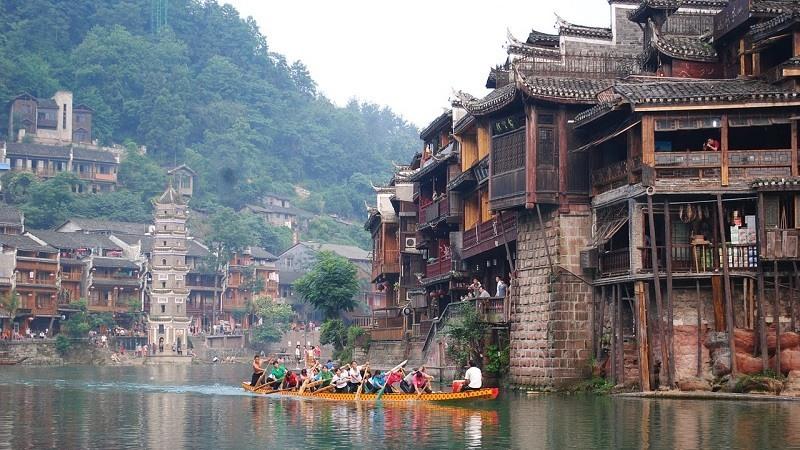 Fenghuang, la ciudad congelada en el tiempo