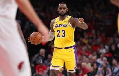 El debut de LeBron James con los Lakers acaba en derrota ante Portland