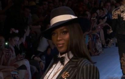 Naomi Campbell: la supermodelo de los años 90 vuelve a subir a la pasarela