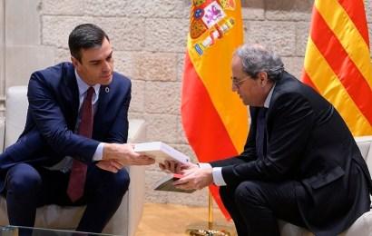 """Sánchez reivindica """"el diálogo para el reencuentro"""" tras reunirse con el president de la Generalitat"""