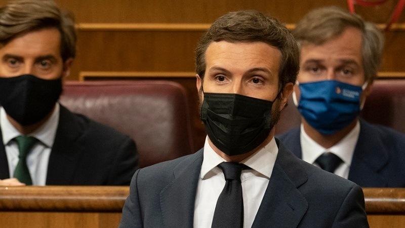 Casado critica la propuesta de Sánchez que elude el control parlamentario