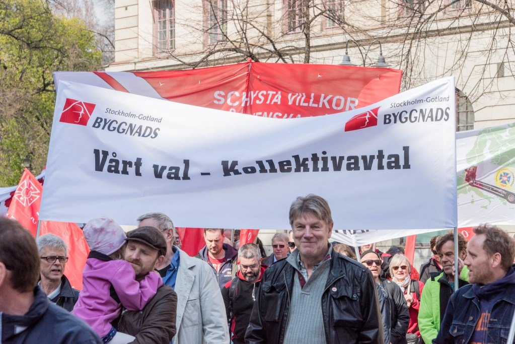 Demonstration om kollektivavtal (bild)