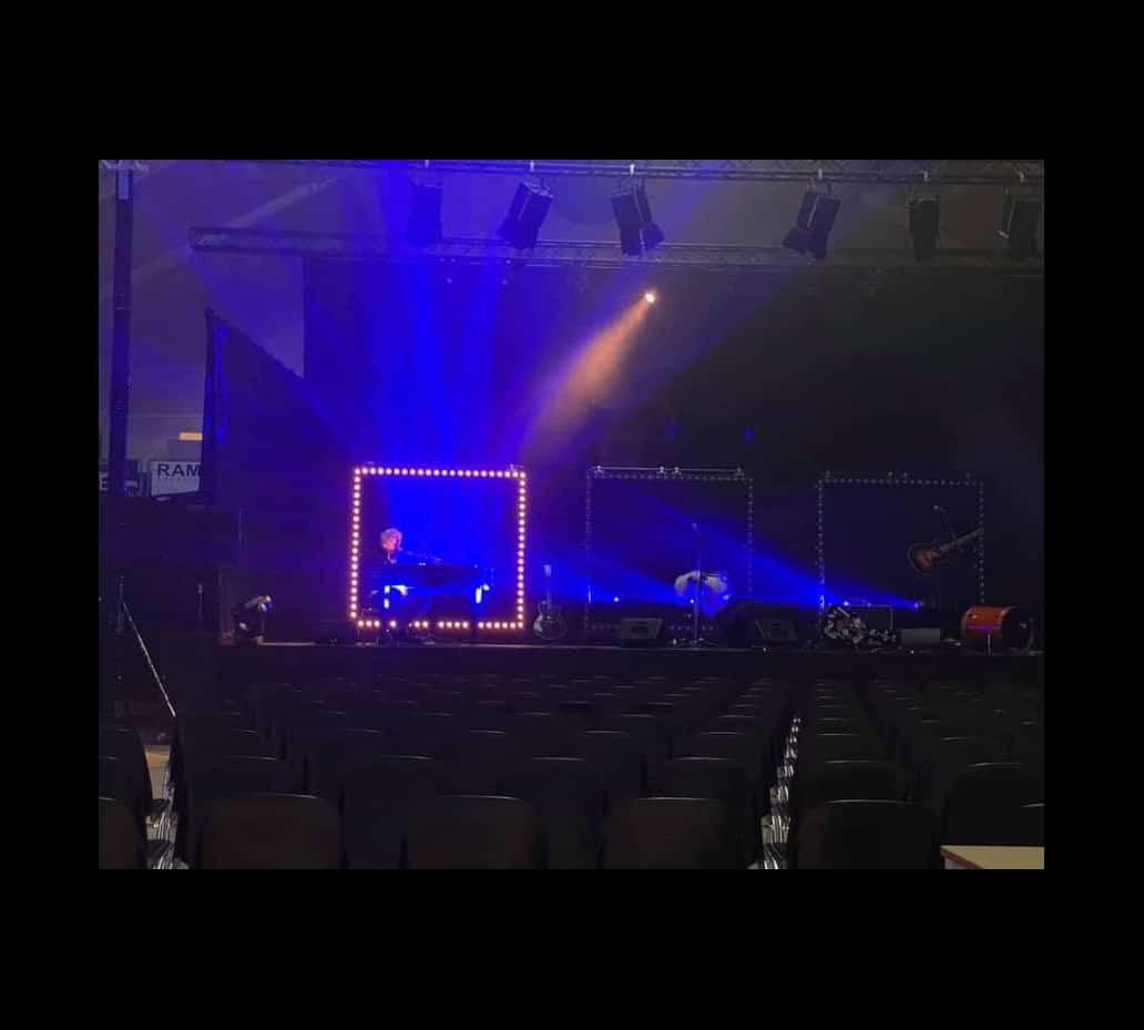 Anders Blichfeldt SOLO koncert – Rofi-Centret Ringkøbing – Europaz koncert og musik