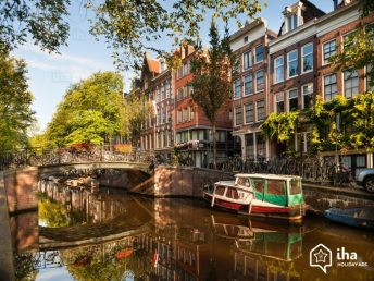 Pays-bas-Canal-d-amsterdam