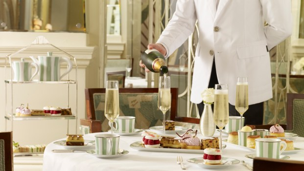 afternoon-tea-at-claridges-hotel-london